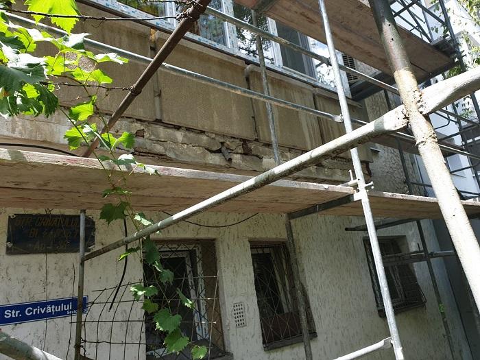 Reabilitarea parapetului balconului – aspecte pro și contra în reabilitarea locuințelor